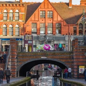 Moving to Birmingham - United Kingdom | Crown Relocations